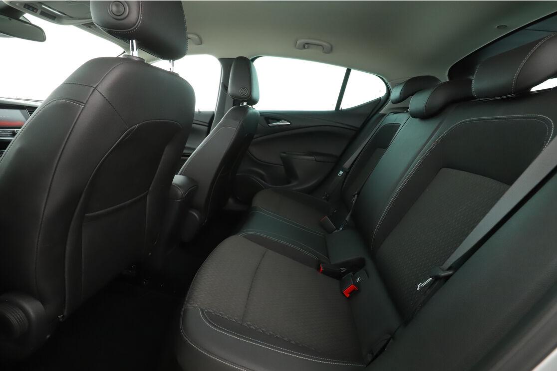 Intérieur sièges arrière depuis le côté conducteur