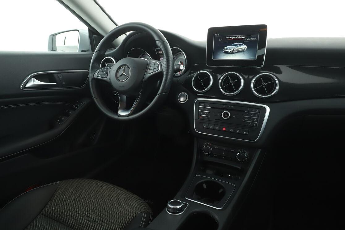 Innenraum Fahrerseite des Rücksitzes