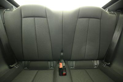 2015 Audi TT 1.8 TFSI Coupe Rücksitzbank