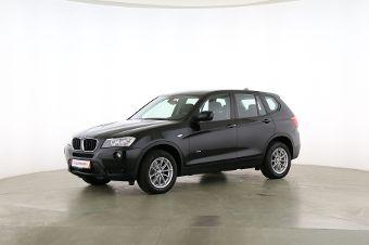 BMW X3 xDrive 20d Fahrerseite leicht seitlich von vorne, geschlossen