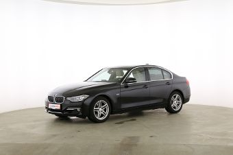 BMW 3er 330d Fahrerseite leicht seitlich von vorne, geschlossen