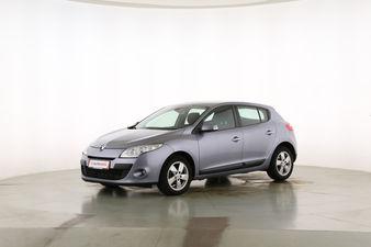 Renault Megane 1.4 TCE Dynamique  Fahrerseite leicht seitlich von vorne, geschlossen