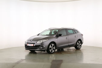 Renault Megane 1.4 TCE BOSE Edition Fahrerseite leicht seitlich von vorne, geschlossen