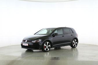"""Volkswagen Golf VII 2.0 T FSI GTI """"Performance"""" BlueMotion  Fahrerseite leicht seitlich von vorne, geschlossen"""