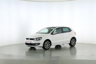 Volkswagen Polo 1.2 TSI Life Fahrerseite leicht seitlich von vorne, geschlossen
