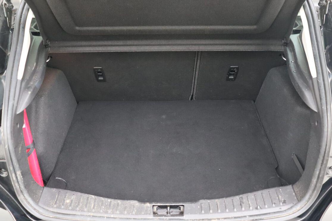 Kofferbak interieur 1