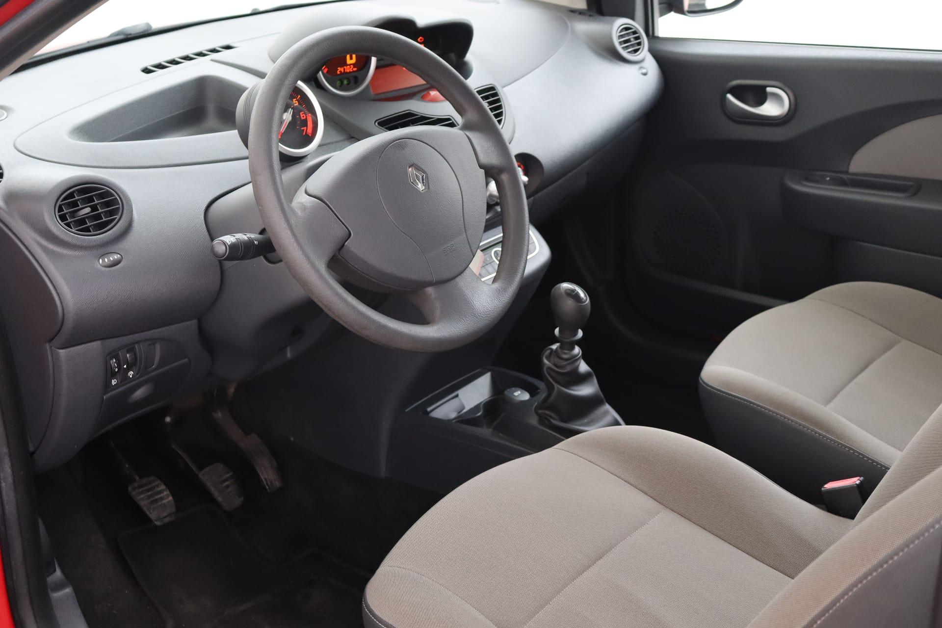 Interieur bestuurderszijde 2